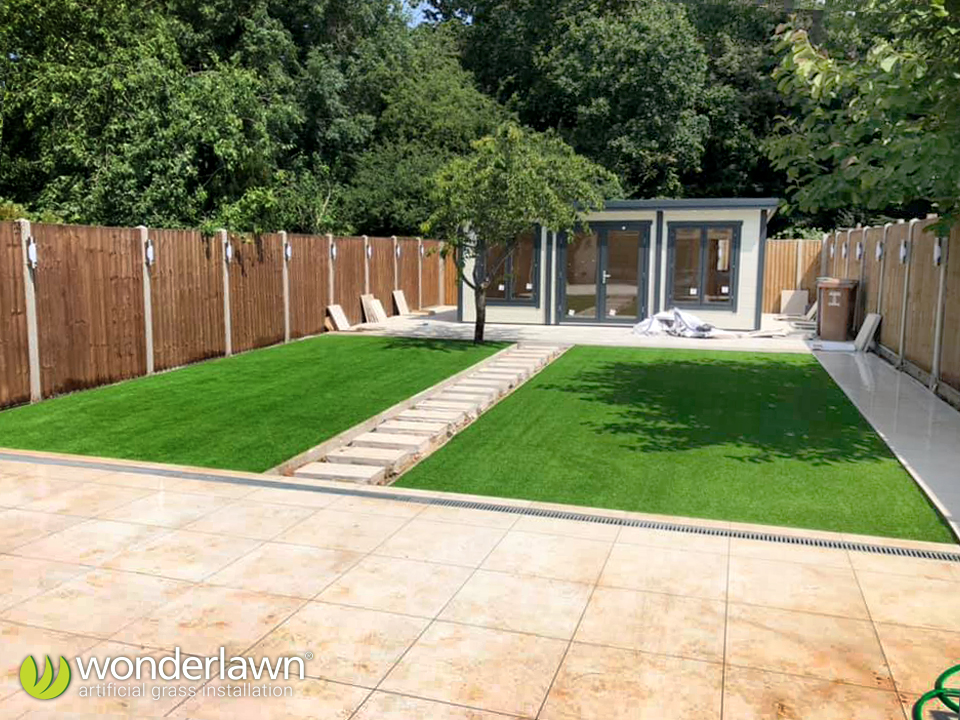 artificial grass installation by wonderlawn