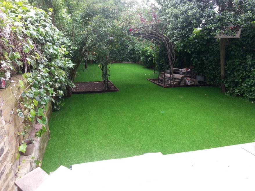 Final product of artificial grass installation in Mr Knowles, Maida Vale, London
