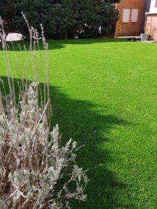 Modern artificial lawn install