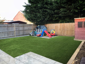 Install artificial grass in the winter for best results